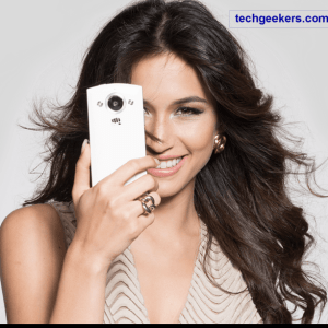 Micromax Canvas Selfie comes with 13 MP front and rear camera