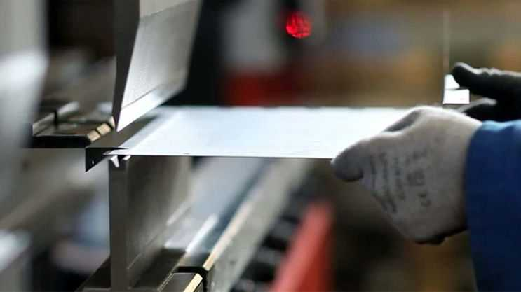 Why Using CAD/CAM in the Sheet Metal Fabrication Industry Is Beneficial 1