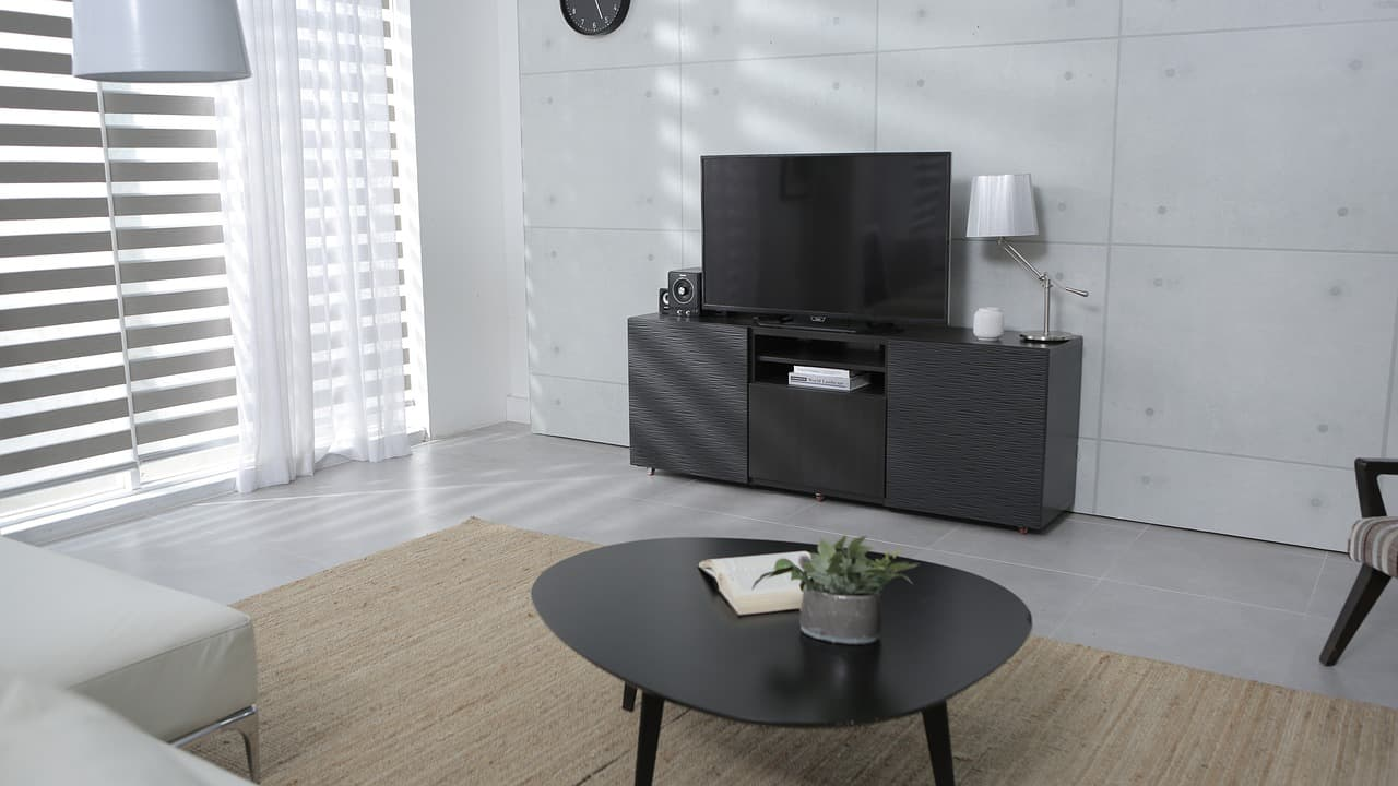 TV SIZE FOR YOUR LIVING ROOM