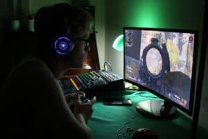 gaming, hacking